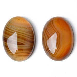 Orange Smooth Banded Agate 18mm x 25mm Calibrated Oval Cabochon Pack Of 1 CA17388-3