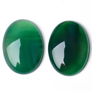 Green Smooth Onyx 13mm x 18mm Calibrated Oval Cabochons Pack Of 2 CA17392-5