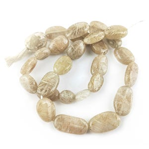 Golden Rutilated Quartz Grade A Oval Beads Approx 6x8mm-8x10mm Strand Of 30+ Pieces DW1175