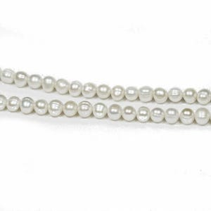 Pale Cream Freshwater Pearl Plain Round Beads 6mm-7mm Strand Of 60+ Pieces FP7892-1