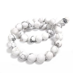 White/Grey Frosted Howlite Grade A Plain Round Beads 10mm Strand Of 32+ Pieces GS15658-2
