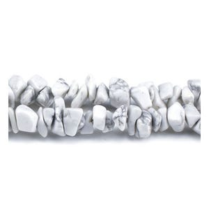White/Grey Howlite Grade A Chip Beads 5mm-8mm Long Strand Of 240+ Pieces GS3053