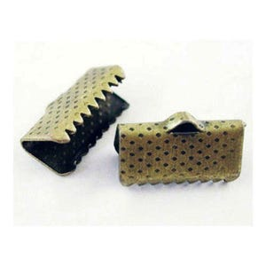 Antique Bronze Iron 7mm x 13mm Rectangle Ribbon Ends Wholesale 3 Packs Of 50+ BB-HA02529