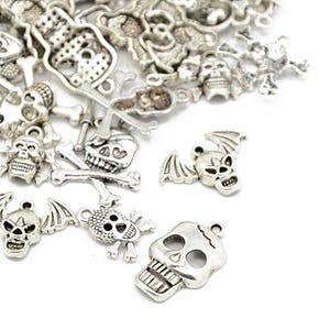 Antique Silver Tibetan Zinc Mixed Skull Charms 5-40mm Pack Of 30g HA06690