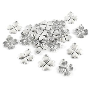 Antique Silver Tibetan Zinc Four Leaf Clover Charms 21mm Pack Of 20 HA07970