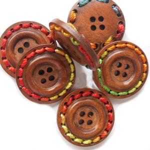 Mixed-Colour/Brown Wood 25mm 4-Hole Round Buttons Pack Of 5 HA10755