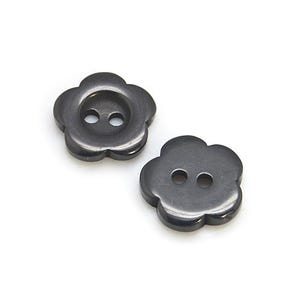Black Resin 15mm 2-Hole Flower Buttons Pack Of 20 HA14050