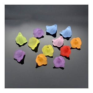 Mixed-Colour Lucite Flower Beads 10mm Pack Of 50+ HA25940
