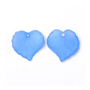Pale Blue Lucite Leaf Beads 15mm x 16mm Pack Of 50+ HA26525
