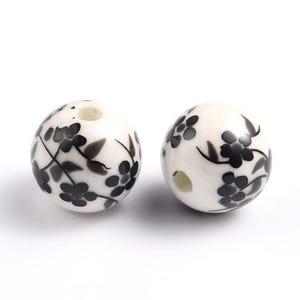 White/Black Porcelain Plain Round Beads 12mm Pack Of 10 HA27165