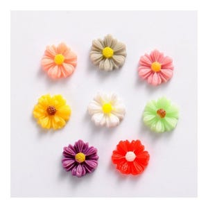 Mixed-Colour Smooth Resin 9mm Calibrated Flower Cabochons Pack Of 15 Y02955