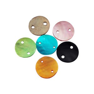 Mixed-Colour Mother Of Pearl 13mm Flat Round Connectors Pack Of 20 Y06700