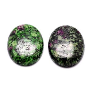 Green/Fuchsia Smooth Ruby In Zoisite 13mm x 18mm Calibrated Oval Cabochons Pack Of 3 Y07410