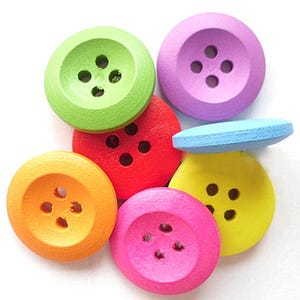 Mixed-Colour Wood 18mm 4-Hole Round Buttons Pack Of 20 Y09090