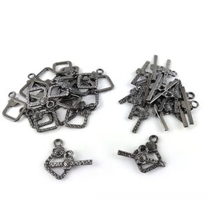 Black Metal Alloy 15mm x 21mm Diamond Toggle Clasps Pack Of 20 Y10210