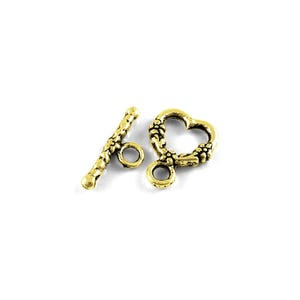 Antique Gold Metal Alloy 14mm x 18mm Heart Toggle Clasps Pack Of 15 Y10335