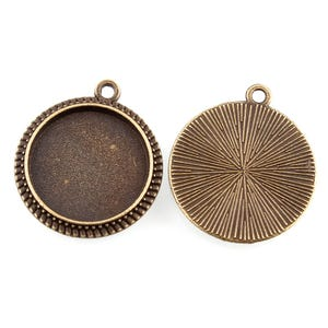 Antique Bronze Metal Alloy 20mm x 23mm Round Cabochon Settings Pack Of 25 Y10840