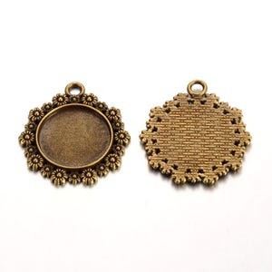 Antique Bronze Metal Alloy 31mm x 34mm Round Cabochon Settings Pack Of 10 Y10860