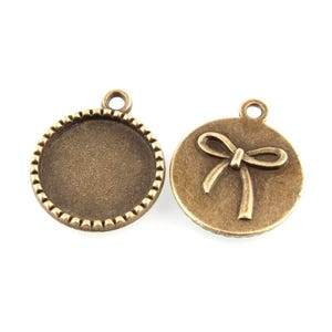 Antique Bronze Metal Alloy 22mm x 26mm Round Cabochon Settings Pack Of 20 Y11170