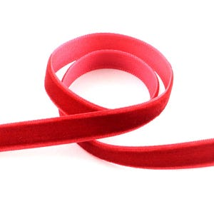 Red Velvet Ribbon 2M Continuous Length 16mm Wide Y12775