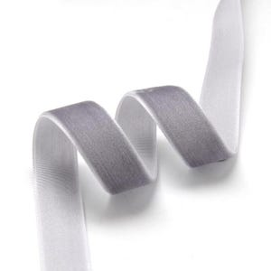 Grey/Lilac Velvet Ribbon 2M Continuous Length 16mm Wide Y12785