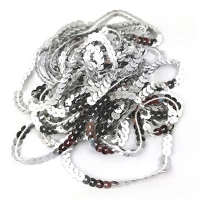 Silver Acrylic Flat Sequin Trim 5M Continuous Length 6mm Wide Y12990