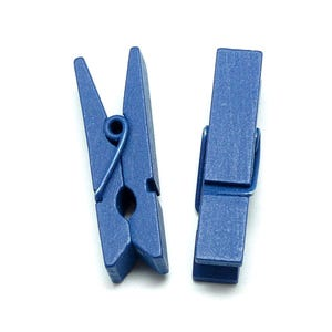 Blue Spray Painted Mini Wood Craft Pegs 35mm x 10mm Pack Of 30 Y13020