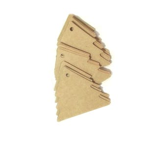 Brown Card Christmas Tree Gift Tags With Twine 6cm Pack Of 50 Y13290