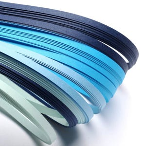 Blue/Black Quilling Paper 53cm x 5mm Pack Of 110+ Strips Y13320