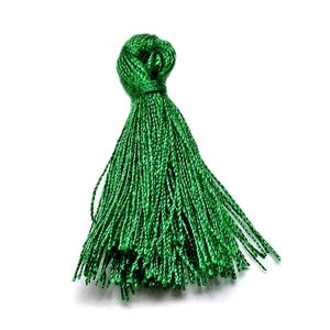 Green Polyester Tassels 3cm Pack Of 10 Y13515