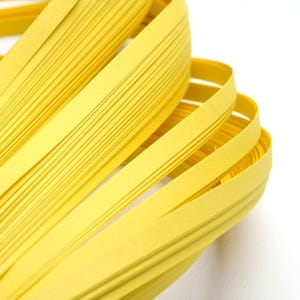 Yellow Quilling Paper 53cm x 5mm Pack Of 110+ Strips Y13605