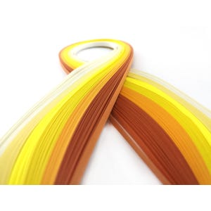 Yellow/Cream Quilling Paper 53cm x 5mm Pack Of 110+ Strips Y13695