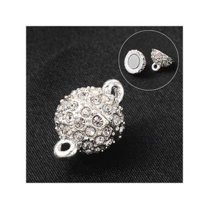Bright Silver Alloy & Rhinestone 16mm x 10mm Round Magnetic Clasps Pack Of 2 Y14390