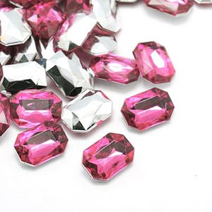 Bright Pink Smooth Acrylic 16mm x 18mm Calibrated Faceted Rectangle Cabochons Pack Of 25 Y15055
