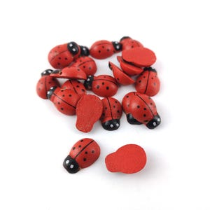 Red/Black Smooth Wood 10mm x 12mm Lady Bird Cabochons Pack Of 20 Y15080