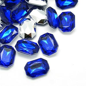 Blue Smooth Acrylic 15mm x 18mm Calibrated Faceted Rectangle Cabochons Pack Of 25 Y15135
