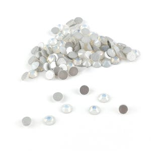 White Iridescent Flat Back Non Hot Fix Glass Grade A Rhinestones 3mm Pack Of 100+ Y15295