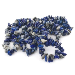 Blue Denim Lapis Lazuli Grade A Chip Beads Approx 6-13mm Long Strand Of 240+ Pieces Y15710