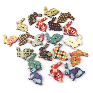 Beige/Mixed-Colour Wood 30mm 2-Hole Rabbit Mixed-Pattern Buttons Pack Of 20 Y15765