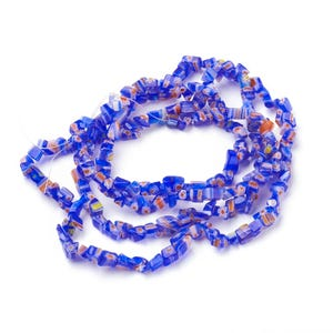 Blue/Red Millefiori Glass Chips Beads Approx 3-8mm Long Strand Of 150+ Pieces Y15880