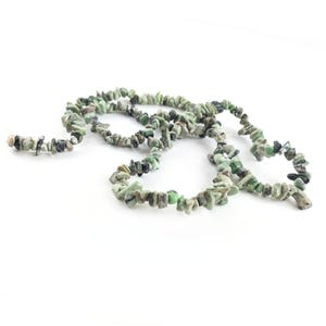 Green Variscite Grade A Chip Beads Approx 6-15mm Long Strand Of 220+ Pieces Y16940