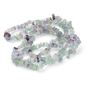 Green/Purple Fluorite Grade A Chip Beads Approx 6-12mm Long Strand Of 150+ Pieces Y17085