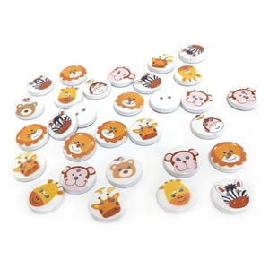 White/Mixed-Colour Wood 15mm 2-Hole Round Animal Buttons Pack Of 30 Y17115