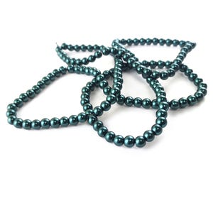 Teal Green Pearlised Glass Plain Round Beads 6mm Long Strand Of 145+ Pieces Y17230