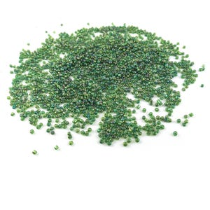 Green AB Glass Seed Beads 3mm-4mm Pack Of 2000+ Y17650