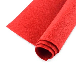 Red Polyester Non Woven Felt Square 30cm x 30cm Pack Of 2 Sheets YH1210