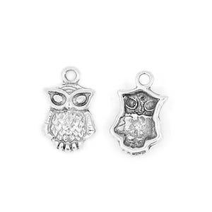 Antique Silver Tibetan Zinc Owl Charms 21mm Pack Of 10 ZX02915