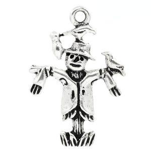 Antique Silver Tibetan Zinc Scarecrow Pendants 25mm Pack Of 10 ZX06240