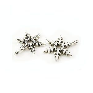 Antique Silver Tibetan Zinc Snowflake Charms 24mm Pack Of 10 ZX07300