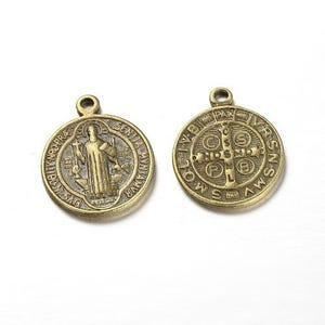 Antique Bronze Tibetan Zinc Saint Benedict Medal Charms 21mm Pack Of 10 ZX07485